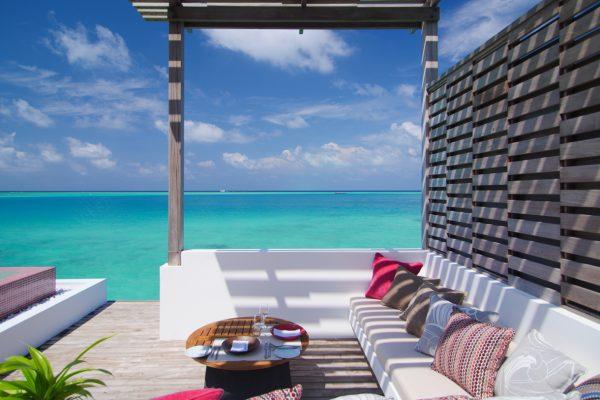 insel-seite-lux-north-male-atoll-watervilla-03-Maledivenexperte