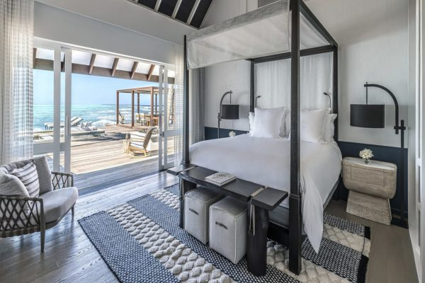 insel-seite-four-seasons-landaa-giraavaru-zimmer-three-bedroom-water-suite-maledivenexperte-02