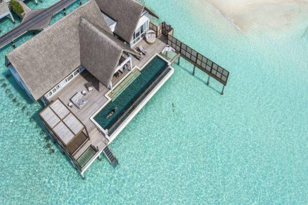 insel-seite-four-seasons-landaa-giraavaru-zimmer-two-bedroom-water-suite-maledivenexperte-01