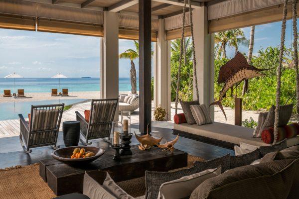 insel-seite-zimmerkategorie-three-bedroom-beach-villa-maledivenexperte1