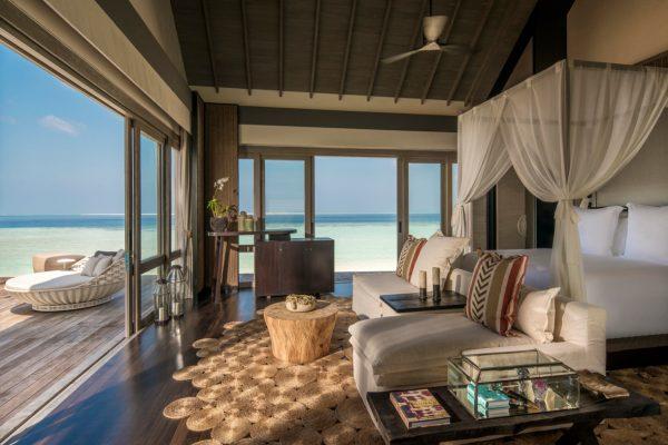 insel-seite-zimmerkategorie-three-bedroom-beach-villa-maledivenexperte2