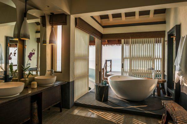 insel-seite-zimmerkategorie-three-bedroom-water-villa-maledivenexperte