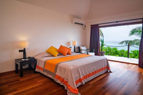 insel-seite-mihiri-island-resort-zimmer-2-bedroom-beach-suite-02