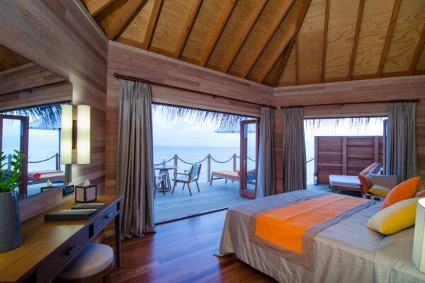 insel-seite-mihiri-island-resort-zimmer-2-bedroom-water-suite-03