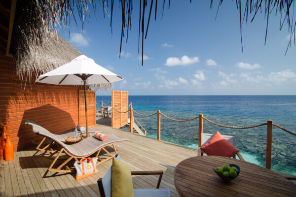 insel-seite-mihiri-island-resort-zimmer-2-bedroom-water-suite-06
