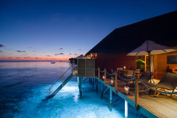 insel-seite-mihiri-island-resort-zimmer-2-bedroom-water-suite-07