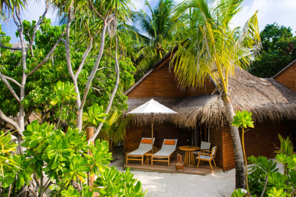 insel-seite-mihiri-island-resort-zimmerkategorien-beach-villa-03